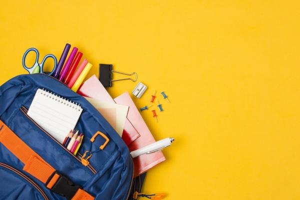 Cheltuieli cu inceperea scolii? Afla cum poti obtine banii necesari